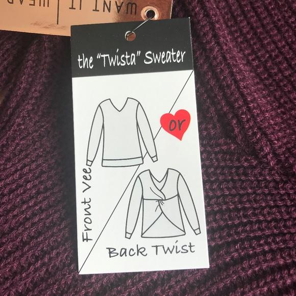 """Women/'s XL Almost Famoust the /""""Twista/"""" Sweater wear it 2 ways NWT maroon knit"""